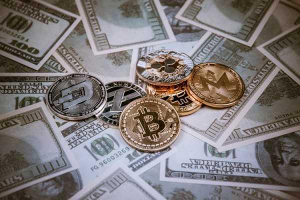 Crypto.Deals: Обзор платформы cryptowiki.ru